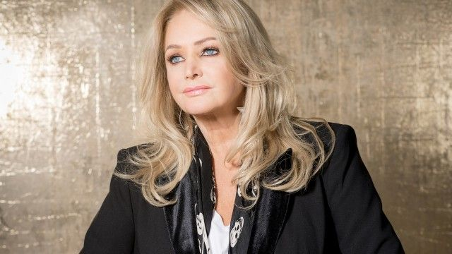 Bonnie Tyler: Between The Earth And The Stars